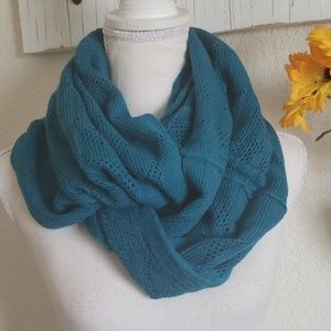 NWOT Teal Knit Infinity Scarf